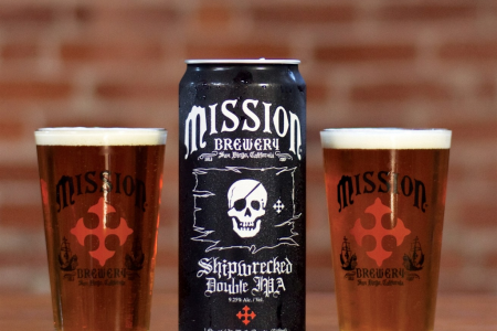 Microbrewer turns to 32-ounce cans