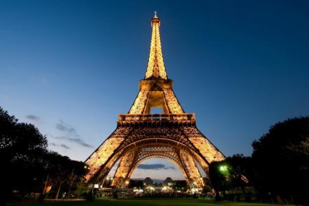 Tout arrive en France